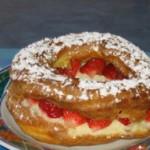 Couronne de pâte à choux aux fraises