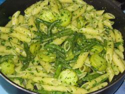 Pâtes au pesto et aux légumes
